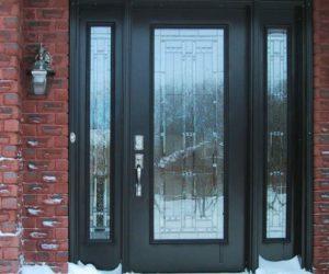 Деревянно-стеклянная дверь в частный дом