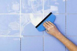 Синяя плитка с белыми швами