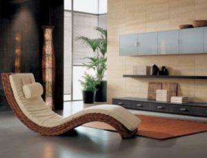 Лежак в гостинной минимализма