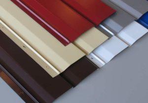 разновидностей сайдинга – винилового и деревянного