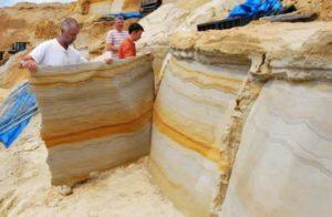 Скалы и гибкий камень