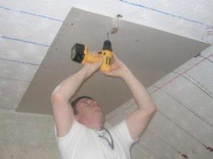 Крепление плиты на потолок