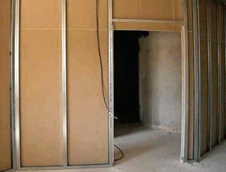 как поставить перегородку из гипсокартона с дверью