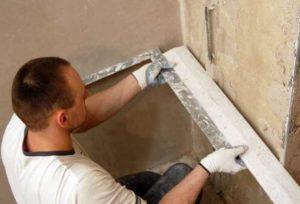 Кривизна углов и стен характерна для помещений домов