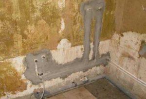 В стенах не должно быть разъемных соединений.