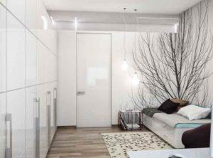Если в комнате есть ниша, то ее можно отвести под встроенный гардероб