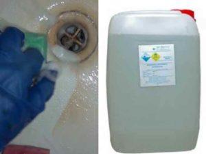 4 столовые ложки тринатрийфосфата следует развести в 3 литрах воды.