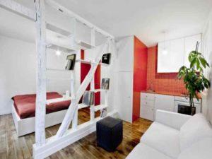 Проводить деление комнаты на две разные зоны следует таким образом, чтобы пространство было симбиозом