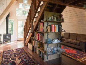 Есть другой, очень похожий вариант, но с миниатюрной спальней