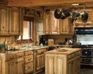 Есть два типа деревянных фасадов