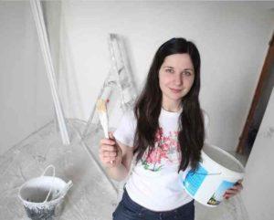 Плиточное покрытие на кухонном фартуке и в ванной комнате