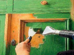 Как снять старую краску с дерева быстро и правильно: инструкция и рекомендации
