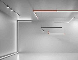 Вытянутая панель с квадратным сечением. Поток света будет направлен через нижнюю плоскость, которая закрыта прозрачной накладкой.