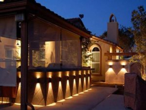 Архитектурное (то есть акцентное) – используют, когда требуется красиво выделять фасадные детали