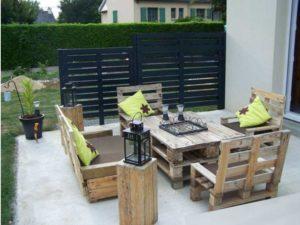Поддоны из древесины, которые будут применены в роли главного материала при строительстве