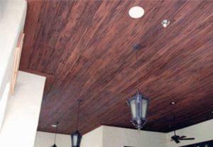 Посредством натяжной пленки получится идеально плоская потолочная поверхность
