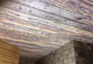 Вместо пыльных или неудобных столярных работ, на которые уходят все выходные, и можно оформлять потолки под древесину всего аза 3-4 часа.