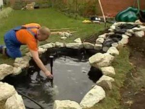 Малый пруд – послужит прекрасным украшением сада