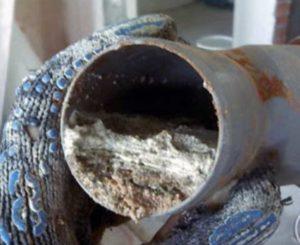 Прочистка канализации и устранение засоров своими руками