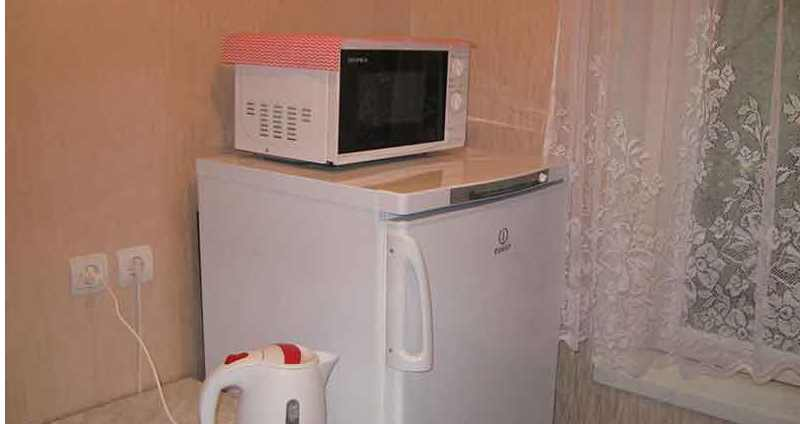 свч на холодильнике