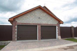 Какого размера строить гараж на 2 машины? Обзор