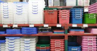 Пластиковые контейнеры и ящики для хранения в дом