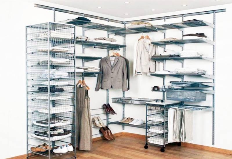 важной задачей любых гардеробных систем является удобство размещения одежды