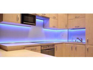 Подсветка кухни под шкафа светодиодной лентой: как сделать своими руками?