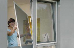 Как выбрать москитную сетку на окно и особенности монтажа