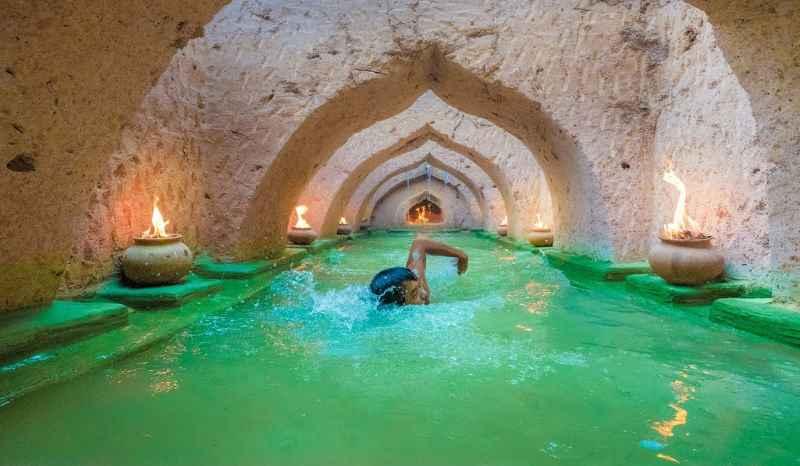 Шикарный подземный бассейн